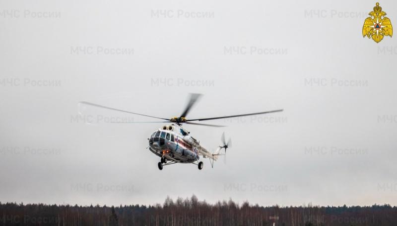 Пациента Кимрской ЦРБ экстренно доставили в Тверь на вертолете МЧС России